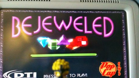 Naruto finds Bejeweled to play