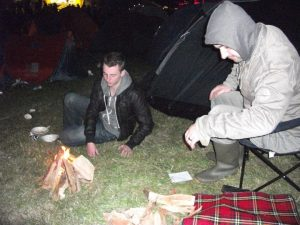 Gow & Paddy enjoying a fire while drunk