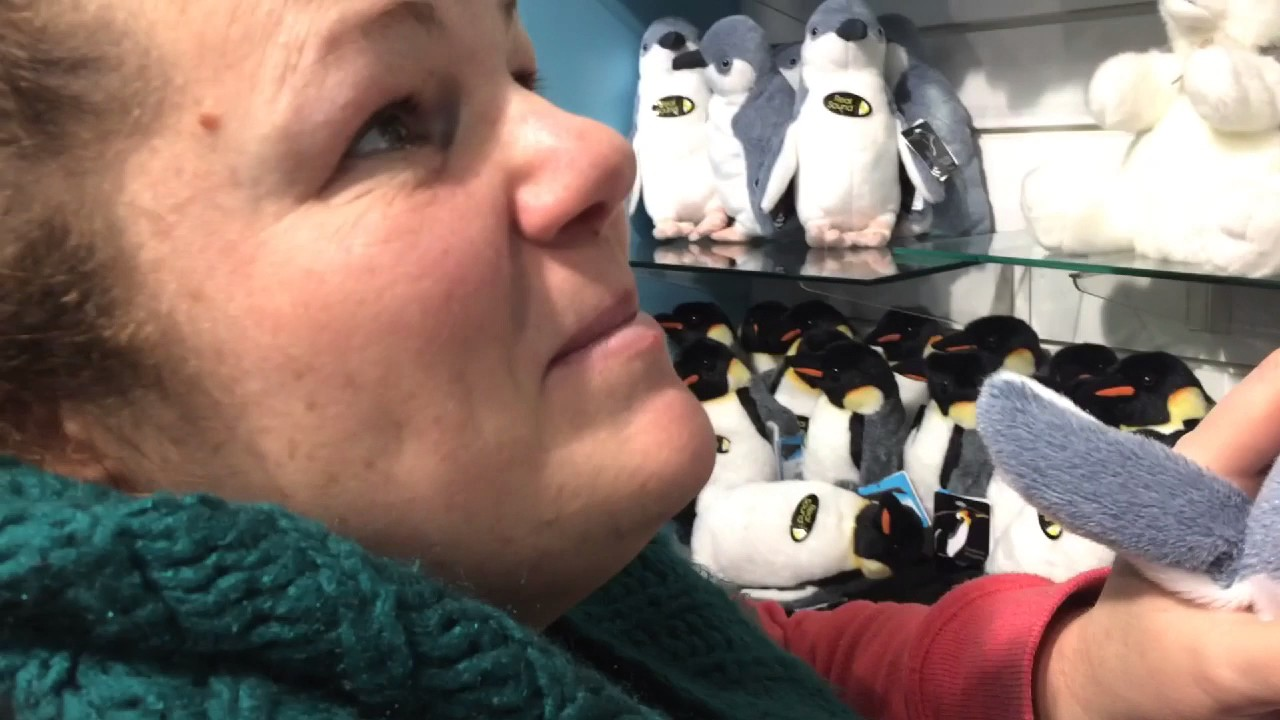Jo and her penguin Fwends | Vlog